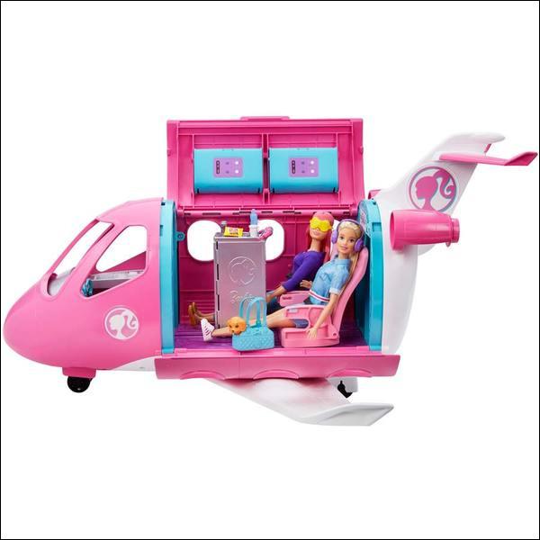 """Hu comme humoriste : quelle humoriste nous a fait rire par son sketch """"L'avion de Barbie"""" ?"""