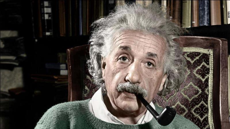 Le cerveau de Einstein pesait 1,3 kg.