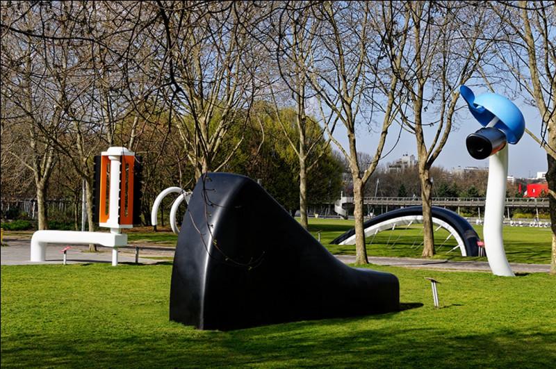 Dans quelle grande ville, peut-on voir cette sculpture monumentale, dont le titre est ''La Bicyclette ensevelie'' ?