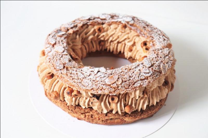 Quelle pâte utilise-t-on pour confectionner un ''paris-brest'' en forme de roue de bicyclette pour rendre hommage à la course cycliste Paris-Brest-Paris ?