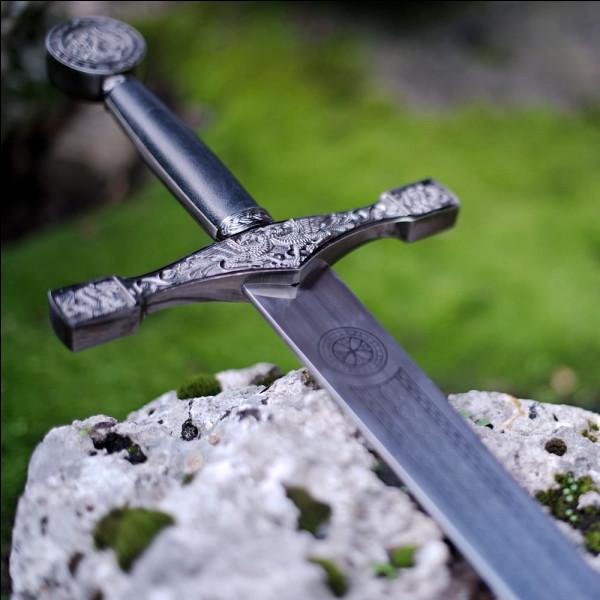 Quel était le nom de l'épée du roi Arthur ?