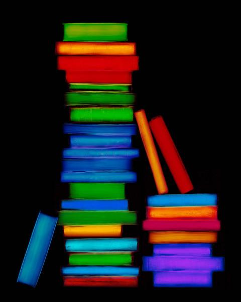 Quelles couleurs ne sont pas associées aux livres de Stendhal ?
