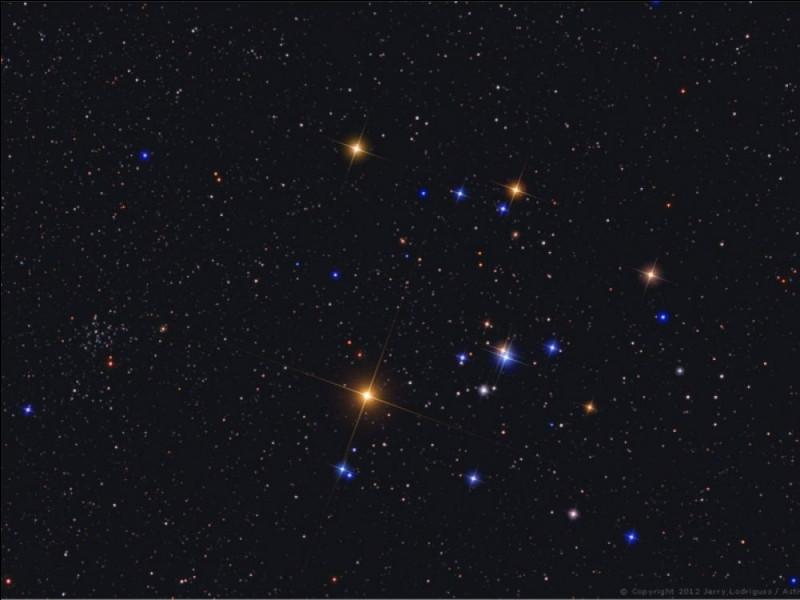 Quelle est la constellation en forme de caddie ?