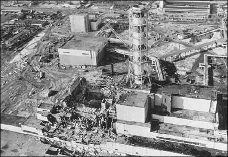 Quel rapport de l'AIEA fixe les fondements de la culture sûreté ? Suite à quel accident a-t-il été émis ?