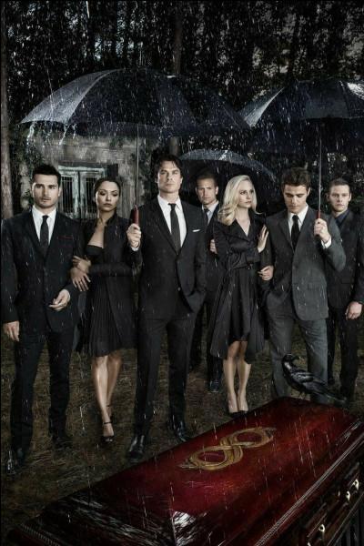 Comment la mère de Damon et Stefan est-elle morte ?