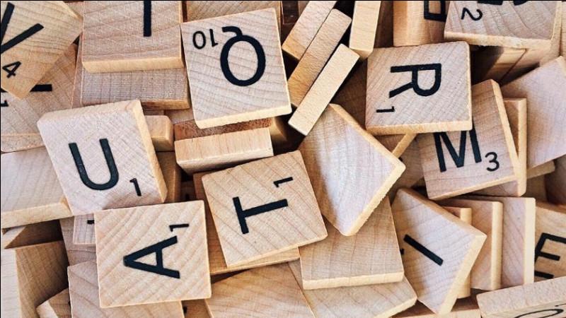 Synonyme d'intelligent, pertinent, il s'agit du mot ...