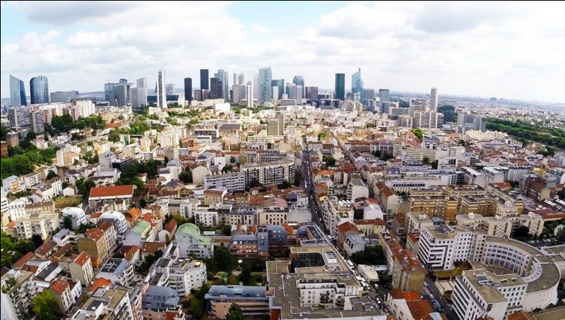 Quelle est cette capitale aux hauts immeubles ?