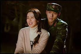 Comment s'appelle le personnage féminin qui se retrouve bien malgré lui en Corée du Nord ?