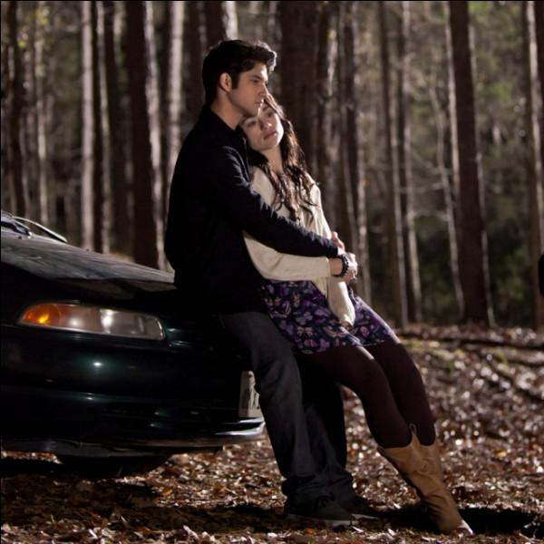 À qui Allison se confie-t-elle sur ses doutes d'avoir quitté Scott ?