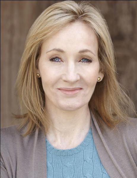 Et puis tiens, pourquoi ne pas profiter de cet atout ! Quelle est la maison de J.K.Rowling ?