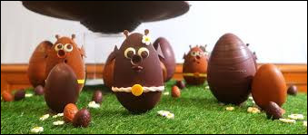 Quelle gourmandise mange-t-on lors de la fête de Pâques qui se déroule au printemps ?