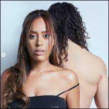 """Quel rappeur est en duo avec Amel Bent sur la chanson """"1, 2, 3"""" en 2020 ?"""
