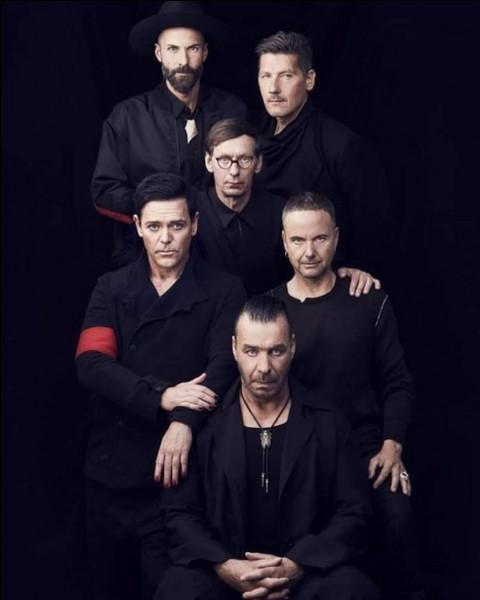 Quel est ce groupe célèbre dans le monde entier ?