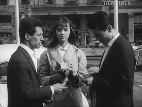 """Dans """"Le Petit Soldat"""", tourné en 1960, Bruno Forestier (Michel Subor), déserteur réfugié en Suisse, travaille pour un groupuscule d'extrême droite. Il tombe amoureux de Véronica (Anna Karina). Ses amis le soupçonnent de mener un double jeu, et pour le tester, lui ordonnent d'assassiner un journaliste. Qui est le réalisateur du film ?"""