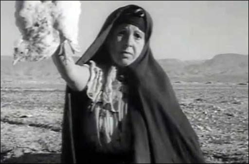 Dans ce film algérien, réalisé par Mohammed Lakhdar-Hamina, une mère cherche désespérément, dans la compagne algérienne, son fils raflé par l'armée française et incarcéré depuis plusieurs semaines dans un camp. Quel est ce film ?