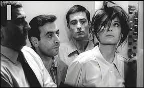 Thomas (Alain Delon) a déserté et s'est réfugié à Alger. Son lieutenant, membre de l'OAS, lui propose de participer à une opération de commando pour enlever Dominique Servet (Léa Massari), une avocate venue défendre deux révolutionnaires algériens. Quel est ce film d'Alain Cavalier ?