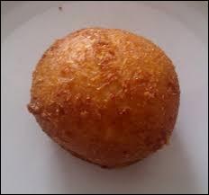Quel est le nom de ce beignet au fromage typique de la Suisse ?