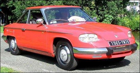 En 1963 elle sera la dernière sortie du constructeur Panhard fondé en 1890. Mais de quel modèle s'agit-il ?