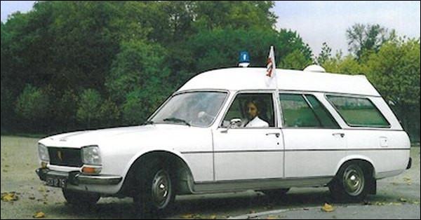 Réputée pour sa robustesse quelle est cette ambulance des années 70 ?