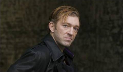 """Qui est cet acteur qui a joué dans """"Sheitan"""", """"Dérapage"""" et """"Mesrine : L'Instinct de mort"""" ?"""
