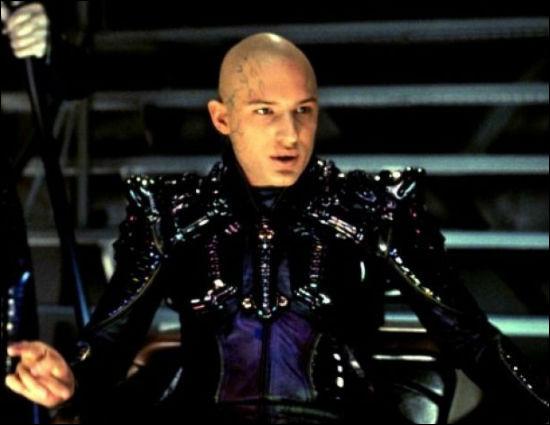 """Qui est cet acteur qui a joué dans """"The Dark Knight Rises"""", """"The Revenant"""" et """"Bronson"""" ?"""