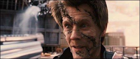 """Qui est cet acteur qui a joué dans """"Hollow Man"""", """"Sleepers"""" et """"X-Men : Le Commencement"""" ?"""