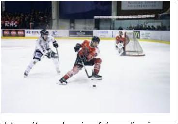 Combien y a-t-il de périodes dans un match de hockey sur glace ?