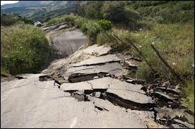 Sciences - Comment s'appelle la discipline scientifique qui étudie les séismes ?