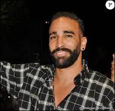 Sport - Dans quel club joue actuellement le footballeur Adil Rami ? (2021)