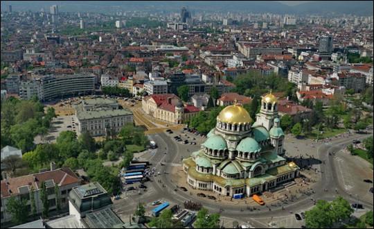 Quelle est cette ville, capitale et plus grande cité de Bulgarie ?