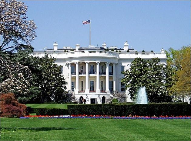 On dirait bien que toutes les superstitions du monde se retrouvent en ce pays ! Qui hante les pièces de la Maison Blanche ?