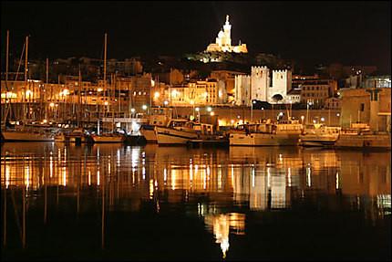 Combien d'arrondissements la ville de Marseille compte-t-elle ?