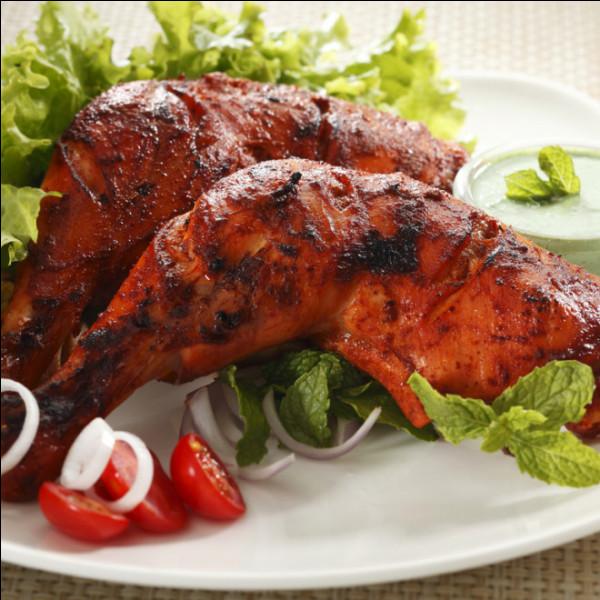 Gastronomie : le poulet tandoori, plat typique de la cuisine indienne traditionnelle doit son nom ...