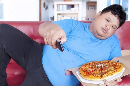 D'après le stéréotype, si une personne est en surpoids c'est qu'elle ne fait pas assez de sports et qu'elle mange n'importe quoi. Est-ce vrai ?