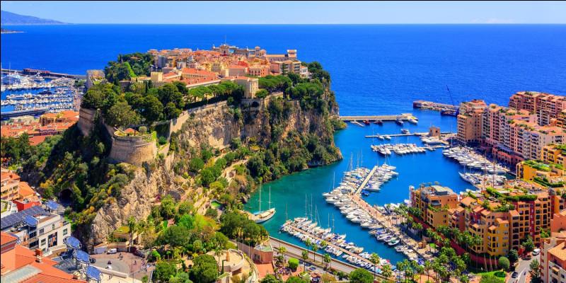 Comment appelle-t-on les habitants de la Principauté de Monaco ?