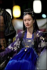 La Reine régente, Ji-So, cache son fils car…