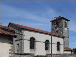 Voici l'église Saint-Didier, à Tollaincourt. Village de l'arrondissement de Neufchâteau, dans le Grand-Est, il se situe dans le département ...