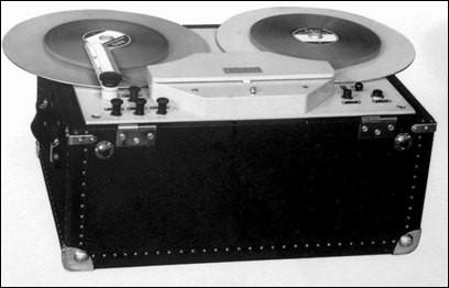 La société IG Farben a été à l'origine de l'utilisation des bandes pour enregistrer vers 1939 des concerts ou des discours à l'aide d'un...