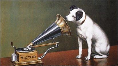 Quel est le slogan du constructeur Pathé Marconi qui fabrique des lecteurs de son vers 1930 ?
