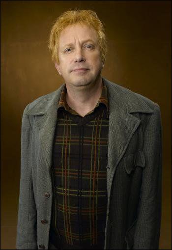 Comment se nomme le père d'Arthur Weasley ?