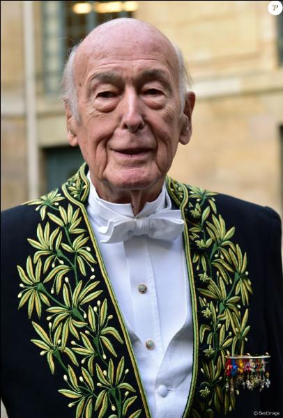 Valéry Giscard d'Estaing est mort :