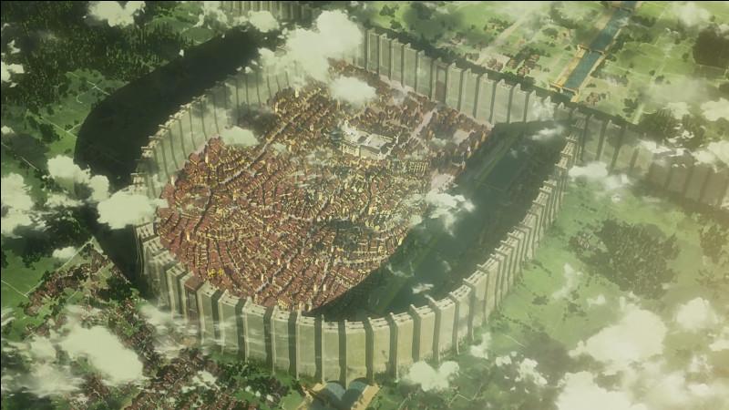 Combien de murs la ville compte-t-elle ?