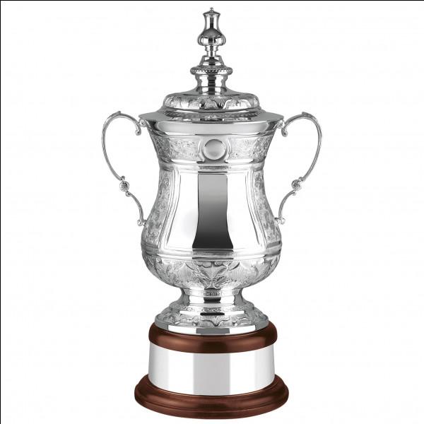Quelle est l'année de la seule FA Cup remportée par Burnley ?