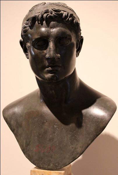 Durant l'époque hellénistique, l'Égypte lagide et l'Empire séleucide se livrèrent six guerres qu'on appelle les guerres de...