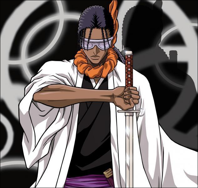 (Tousen Kaname) A quel espada coupe-t-il le bras parce qu'il l'a offensé ?