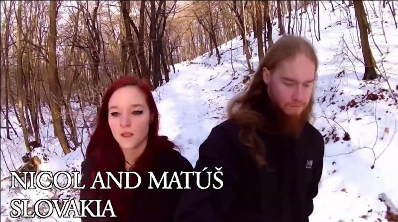 """Complétez : """"Bráðna steinar og bergið..."""""""