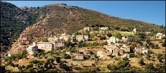 Petit tour en Corse, à Castifao. Village de l'arrondissement de Corte, il se situe dans le département ...