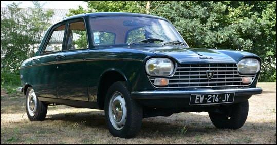 Cette 204 Peugeot sortie en 1965 est une première technique du constructeur. Laquelle ?