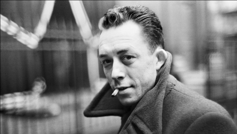 Quel livre d'Albert Camus commence par cette phrase « Aujourd'hui, maman est morte. Ou peut-être hier, je ne sais pas » ?