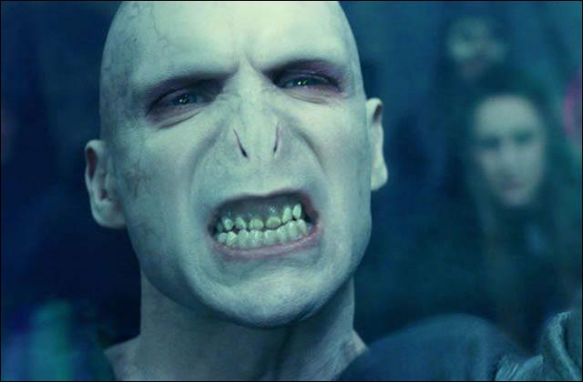 """Dans le roman """"Harry Potter"""", quel est le vrai nom de Voldemort ?"""